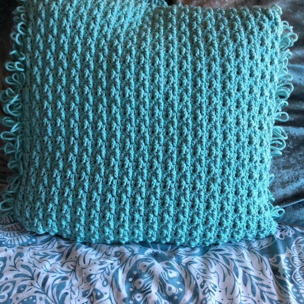 textured crochet cushion cover pattern