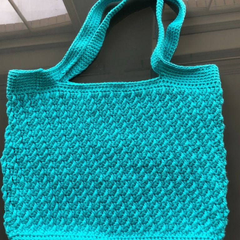 How to make an easy crochet tote bag – On the Bias Tote