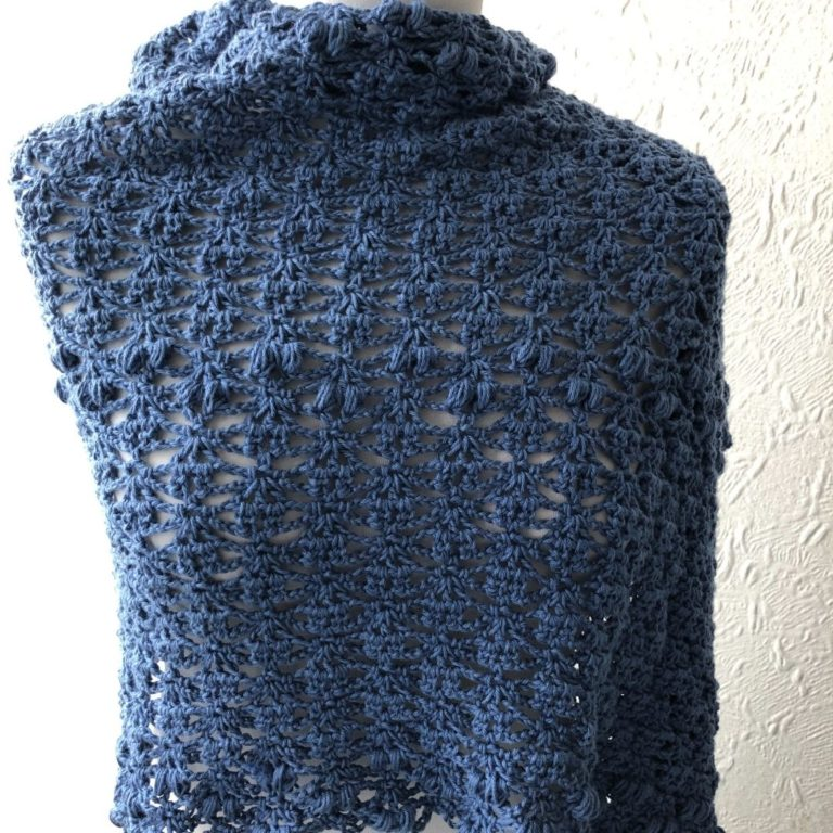 Easy crochet puff and lace rectangular shawl pattern – Angelina