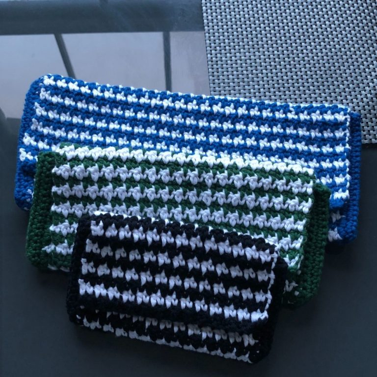 How to crochet a Houndstooth clutch bag